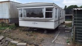 2 bed mobile home. On farm, near Pontyates.