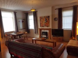 Casa da Ana - Bed and Breakfast or Holidays Service Apartment by Sefton Park, Lark Lane, Liverpool
